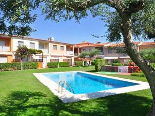 Holiday house for 6 persons, with swimming pool , near the beach in Cambrils - Catalonia vacation rentals
