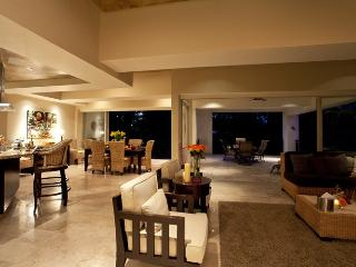 Spacious waterfront condo in the historic district, Puerto Vallarta