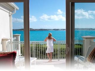 Charming 3 Bedroom Villa with Infinity Edge Pool in George Town - Great Exuma vacation rentals