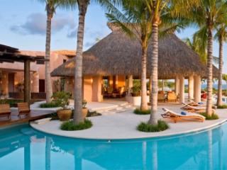9 Bedroom Beachfront Estate with Private Pool in Punta Mita, Punta de Mita