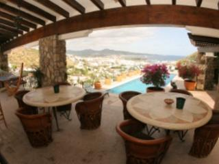 6 Bedroom hillside Villa with Private Pool in Cabo San Lucas