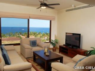 Beautiful 4 Bedroom Home with Private Pool & Spa in San Jose del Cabo