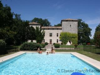 47547 - Commanding Medieval Ch, Bergerac