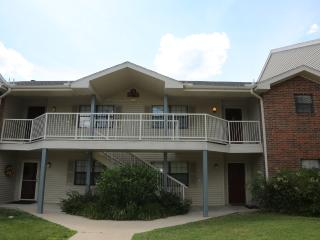 Penthouse | Condo | Outdoor/Indoor Pool | Hot Tub | Next to Golf course & 76 (A11920)