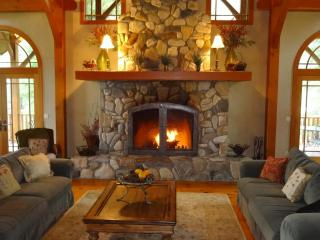 Massive  7,000+ sq. ft  Lodge - optional cottage - Leavenworth vacation rentals