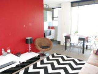 1 Bdr EASTERN SUBURBS +Wi-Fi + Parking - New South Wales vacation rentals