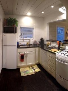 Newly remodeled kitchen with all new appliances.  Gas Stove/Oven. Granite Counters, Keurig Machine