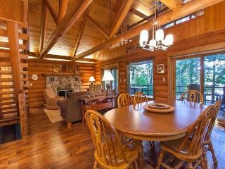 The Mishpocheh Private Vacation Rental Home, Eagle River