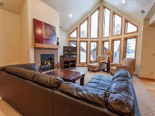 The Copperwood Condominiums 3 Bedroom Private Vacation Rental Condominium, Eagle River