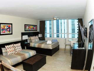 Design suites at Castle Beach-  Deluxe Sunset view, Miami Beach