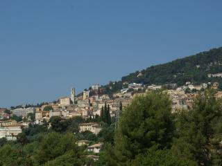 Lovely Studio with WiFi, in Grasse, City of Perfumes Ossola