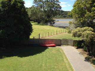 Adult Waterfront Holidays, Auckland Region