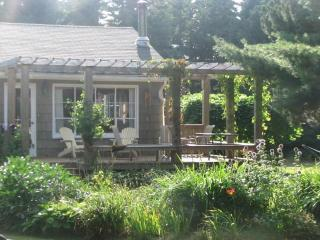 Beautiful, spacious summer cottage by the beach - Prince Edward Island vacation rentals