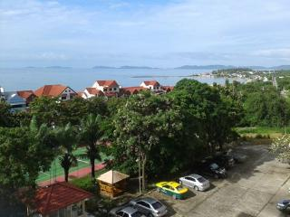 home from home, beautifully fully funished condominium, Ban Chang