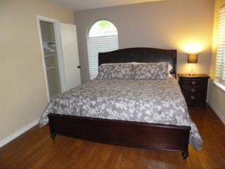 Amazing 1 BD in Uptown1UT4810101 - Texas Prairies & Lakes vacation rentals