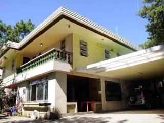 1896 Bed and Breakfast BAGUIO CITY – Rizal Room, Baguio