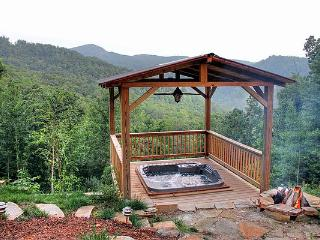 NEW LOG CABIN. VIEWS. HOT-TUB. May Specials avail., Burnsville