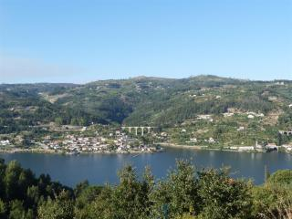 Relaxing House With Great View - Douro River View, Cinfaes