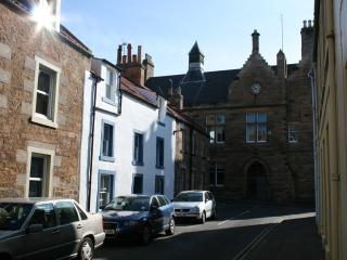 Golfing breaks - generous space for 10 guests., Anstruther