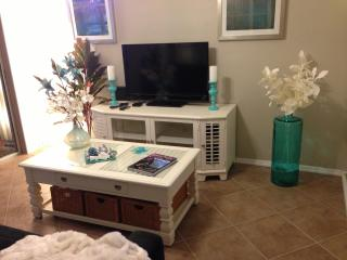 Elegant 1 br tropical vibe relax, Fort Myers