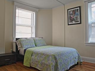 Beacon  Hill newly updated Studio Apartment, Boston