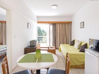 Best Location modern apartment in Rhodes town cent, Dodecanese