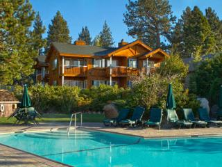 Red Wolf Lakeside Lodge: Lakeside, 2 Bedroom Villa, Tahoe Vista