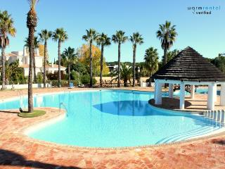 Stevens White Apartment, Quinta do Lago, Algarve