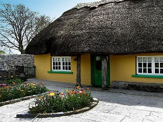 Thatched Home in Adare,Ireland's Prettiest Village