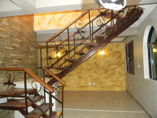 Executive 3 bedroom Loft Available in Mombasa