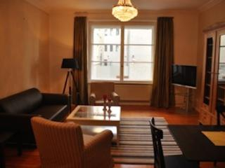 Vacation Apartment in Berlin-Mitte - 1292 sqft, absoulte central, nice, quiet (# 5090), Berlín