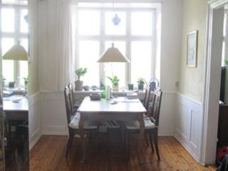 Charming Copenhagen apartment at the Royal Gardens
