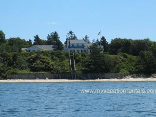 SIBEJ - Waterfront, Private Beach, Wifi, West Tisbury