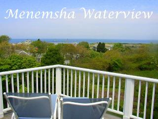 BERNJ - Menemsha Sea Coast Cottage, Gorgeous Waterviews, Walk to Menemsha Beach, WiFi, Chilmark