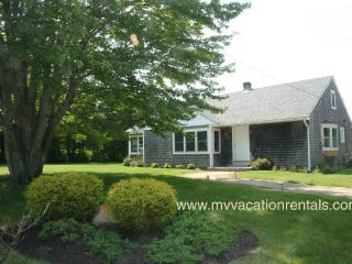 JONEH - AC Bedrooms, Wifi,  Newly Furnished, Walk to Edgartown Main St.