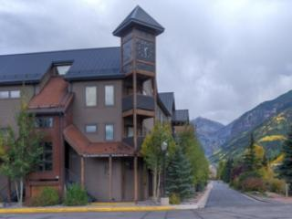 Lulu City 4C (2 bedrooms, 2 bathrooms), Telluride