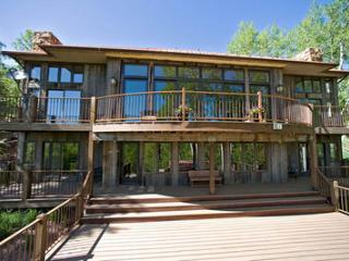 Ski Doody (3 bedrooms, 3.5 bathrooms), Telluride