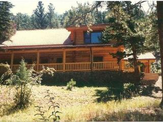Lovely Log on the River - Estes Park vacation rentals