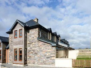Smuggler's Hide, terraced cottage with woodburner, garden, close to beach, Cullenstown, Ref. 912132, Carrig-on Bannow