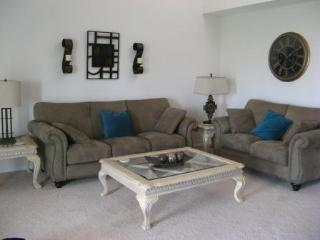 Indian Palms Golf Resort On the Green! 2BD 2BA, Indio