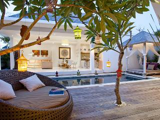 PROMO -33%OFF Le Chloe Magic Trip Villa 3 bedrooms, Seminyak