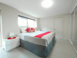 Short Term Furnished Apartment, Bondi
