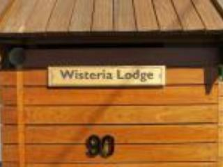 Wisteria Lodge BnB-Holiday Unit on Tamar River, Dilston