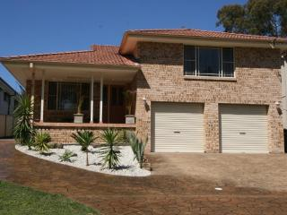 ENJOY THIS BEAUTIFUL HOUSE FOR THE PERFECT ESCAPE, Vincentia