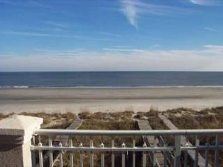 Wonderful Oceanfront 5BR/5.5BA Home with an Oceanfront Heated Pool, Hilton Head
