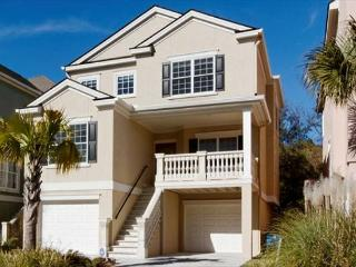 Near Ocean 5BR/4BA Home Offers the Amenitites You Expect from New Home, Hilton Head