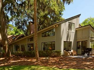 One of Sea Pines' Most Charming and Spacious 3BR/3BA Vacation Homes, Hilton Head