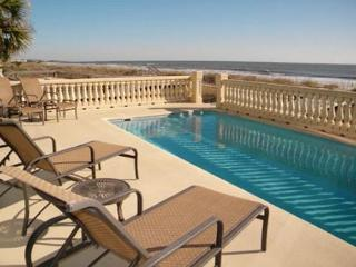 6BR/6BA Oceanfront Home with Pool and Elevator has a Magical Setting, Hilton Head