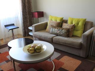 Saldanha Prime 76 With Internet Great And New, Lisboa