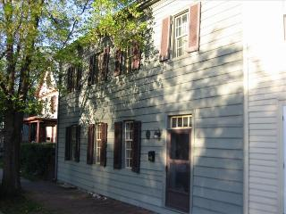 Beautiful home in the heart of Old Town Winchester - Virginia vacation rentals